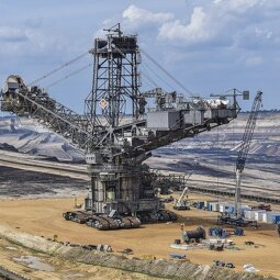 Buď Limitem fosilního průmyslu